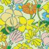 グリーンカラーのラフタッチな花のイラストパターン